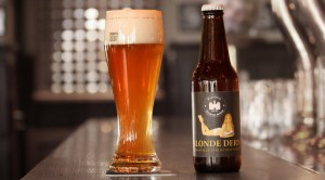 Blonde Dern